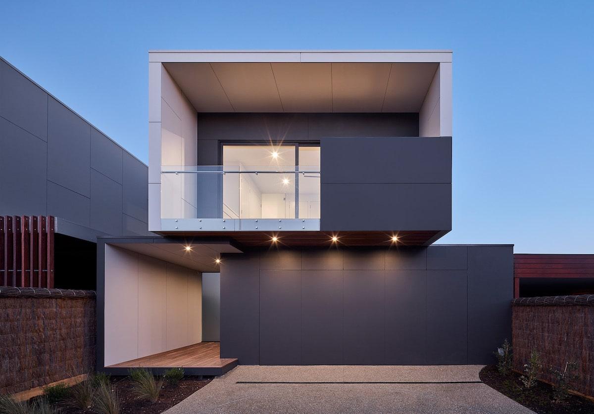 McCrae House 1 facade